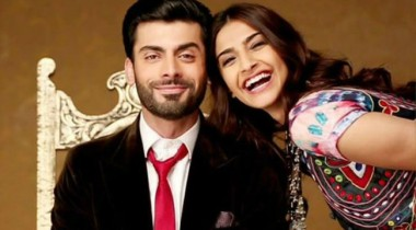 fawad kissed by sonam