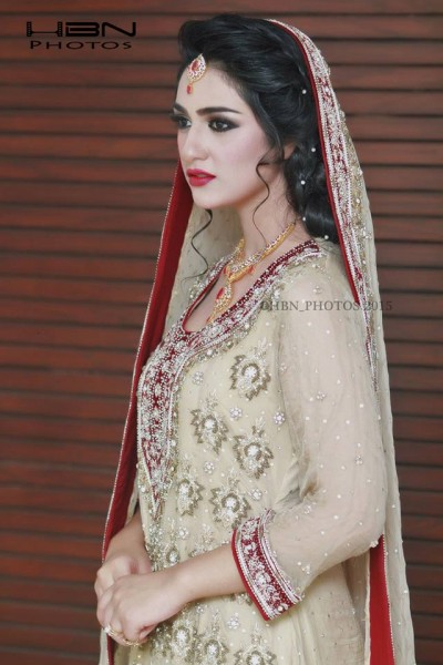 The Gorgeous and Beautiful Sarah Khan. She looks exquisite in Bridal Wear (7)