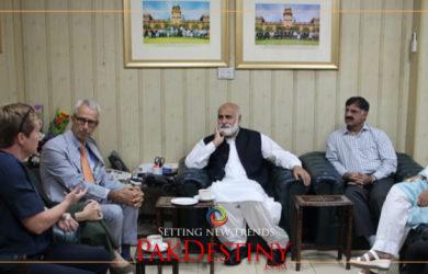 PU VC Prof Niaz Ahmed apprises European ambassadors of situation in Kashmir